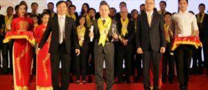 VietinAviva nhận danh hiệu Rồng Vàng 2015