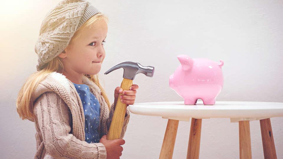Cuộc sống có nhiều rủi ro nên bạn không thể chắc chắn mình đảm bảo được quỹ tiết kiệm