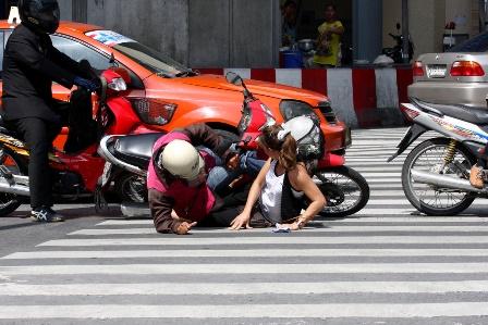 bảo hiểm xe máy khi bị tai nạn